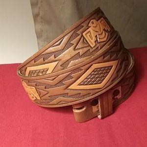 Vintage Tooled Leather Belt Thunderbird Chambers